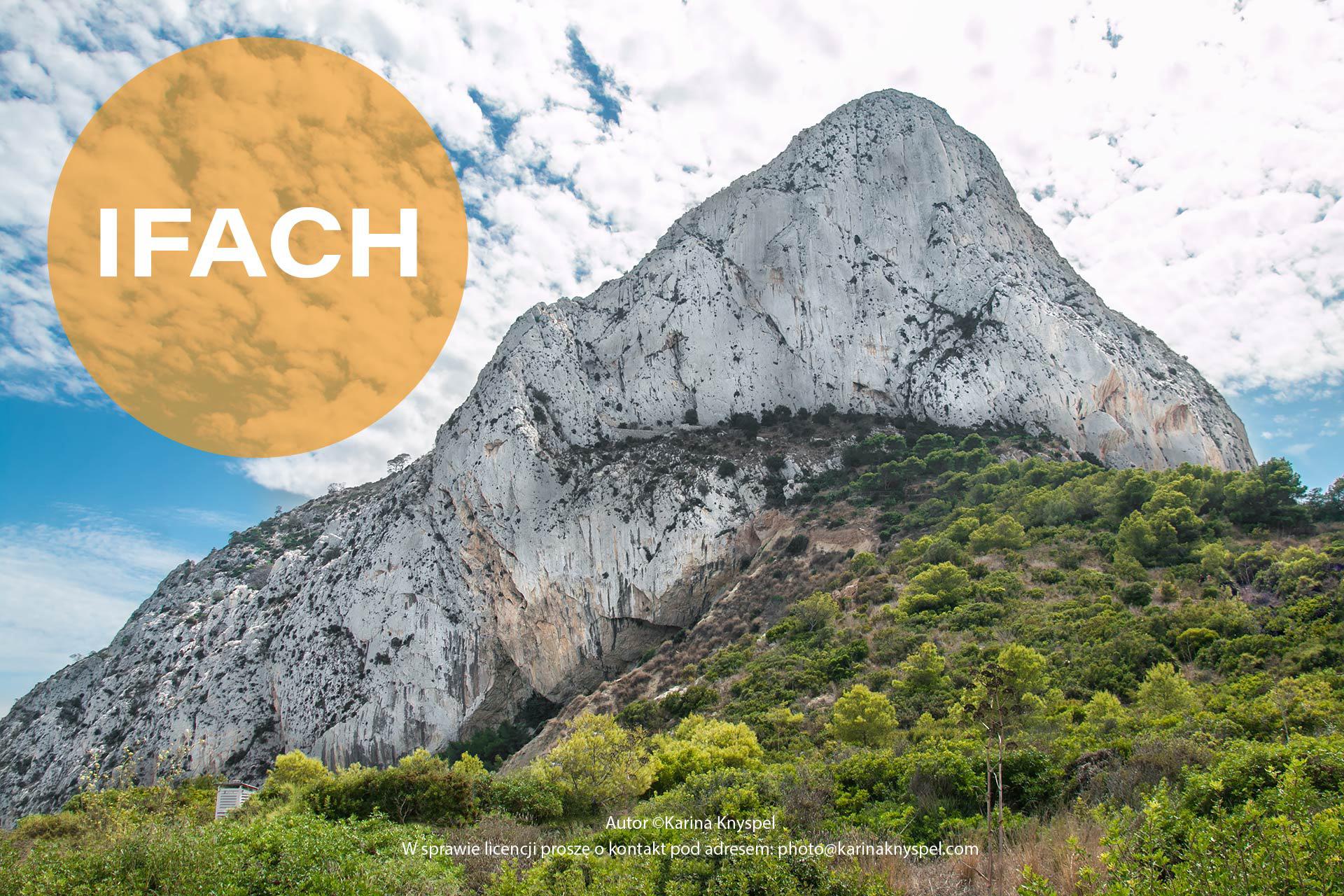 Góra Ifach na wybrzeżu Costa Blanca w Hiszpanii.